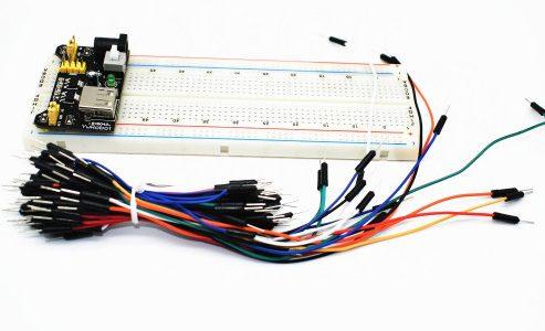 Набор Модуль питания 3.3В/5В + Макетная плата MB-102 830 точек + 65 соединительных проводов